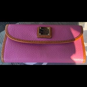 Dooney & Bourke Saffiano Continental Clutch Wallet